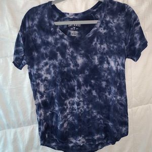 Soft and sexy American eagle T-shirt